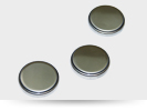 See lithium button cell.